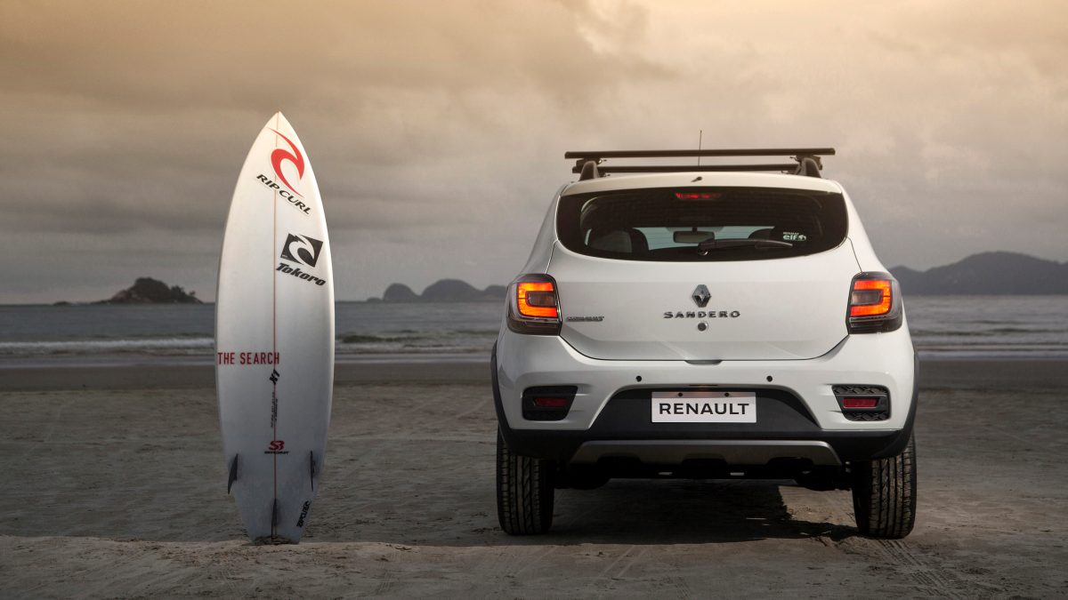 2016-renault-sandero-stepway-rip-curl-launched-in-south-america-105171_1